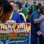 La gouverneure de l'Arizona appose son veto : la liberté religieuse n'autorisera pas à discriminer